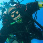 Ahmed Gamal Gabr khi ở dưới nước.